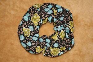 Flowers Hair Scrunchies - Scrunchie, Ponytail Holders, Hair Ties - Scrunch-Ups 1