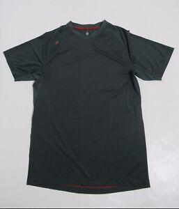 Rhone Men's Active Short V-Neck Sleeve Stripe Color Green Size M Stretch