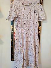 Vintage 1940s beautiful daisy pattern cotton dress