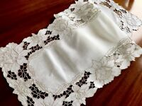 VINTAGE HAND EMBROIDERED Off White Linen Table RUNNER TABLE Centre CLOTH 40x13""