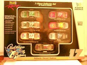 Revell Racing 1:64 Darrell Waltrip #17 25 years NASCAR Racing Die-Cast 7 Car Set