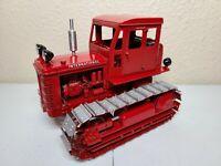 International IH TD-9 Crawler Tractor with Cab - Gilson Riecke 1:16 Scale Model