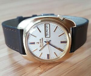 Bulova Accutron M9 18kt solid gold Tuning fork gents watch,  Beautiful piece!!