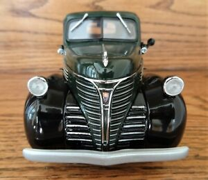 Danbury Mint  1941 Plymouth Pickup Truck ~ Green  W/ Black Fenders