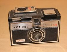 VINTAGE PHOTOGRAPHY IMPERIAL INSTA CUBE KODAPAK FILM CAMERA GREAT DISPLAY PIECE