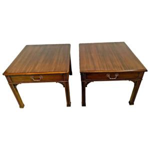 Vintage Pair of Henredon Side Tables Nightstands single drawer matching set