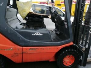 Forklift Linde H25T-02 in good condition w side shift/gas cylinder, solid tyres