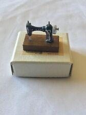 SHACKMAN Old Fashioned Handcrafted Hardwood Miniature Sewing Machine With Box
