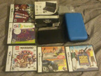 Nintendo DSi Black w5 games with cases, charger, stylus, case and starter pack
