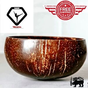 bowl made of coconut shells/100% Natural