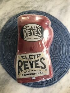 Cleto Reyes Official Lace Up Competition Boxing Gloves 8oz Red