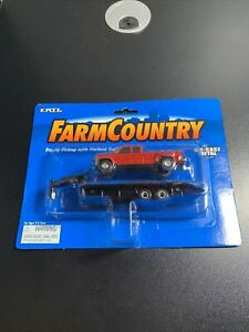 1/64 Ertl Farm Country Dually Pickup with Flatbed Trailer
