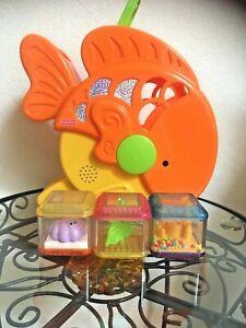 Fisher Price Peek a Blocks Goldfish toy 2005 rare with 3 blocks Fish