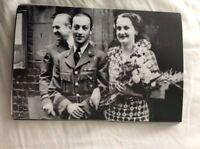 M17b8 6x4 Inches reprint Photograph ww2 Wedding Couple bride a082 checked dress