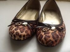 Guess Womens 7.5 Leopard Ballet Flats With Bows Heart And Guess G Insignia Quilt