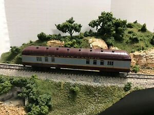 ROUNDHOUSE/MDC   Harriman RPO Candian Pacific RTR Car HO Maroon & Gray