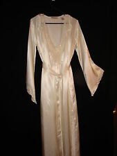 Ivory Peignoir Set ~ Valerie Stevens Silky Sequence Beaded Night Gown and Robe