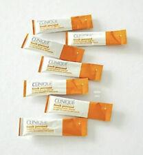 "Clinique Fresh Pressedâ""¢ Renewing Powder Cleanser with Pure Vitamin C - 7 packets"