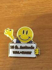 Rare Walmart Lapel Pin Smiley 10 Foot Attitude Sign  Wal-mart Pinback