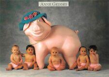 Carte Postale - Anne - GEDDES - BéBé avec cochon