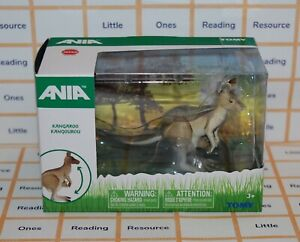 Ania KANGAROO Animal Figure TOMY T16079