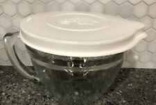 The Pampered Chef Glass Measuring Cup Batter Bowl with Lid 4 Cups