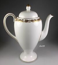 "WEDGWOOD WHITEHALL W4001 COFFEE POT WITH LID  8 1/4"" - MINT!"