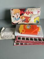 VINTAGE FORTUNA SHOW ON SHOW TOY PROJECTOR BOXED WITH SLIDES C.1970's RARE