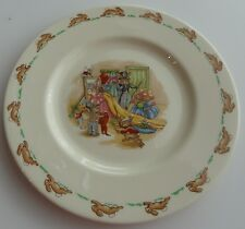 Royal Doulton 1984 Bunnykins Collectors Plate 8 inch Dressing Up