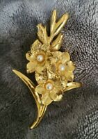 Vintage Sphinx signed 1142 gold tone & faux pearl flower brooch floral branch