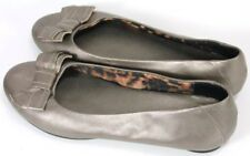 Clarks Bendables Women's $75 Flats Loafers Shoes Size 8 Slip-Ons Bronze Leather
