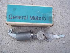 NOS 1964 1965 Chevy Chevelle GLOVE BOX Door LOCK ASSEMBLY w/ KEYS Original GM