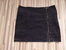 schwarzer Minirock von Only