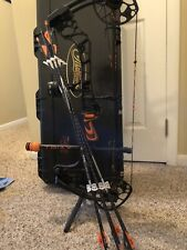 """Mathews Triax bow 70lb 27.5"""" Draw- Excellent Condition!!! Fully Loaded W/ Case"""