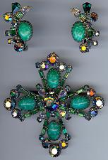 SCHREINER VINTAGE BEAUTY MARBLED GREEN GLASS AB RHINESTONE PIN & EARRINGS SET