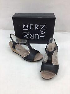 Naturalizer Norwood Black T Strap Wedge Sandals Size 9W M585