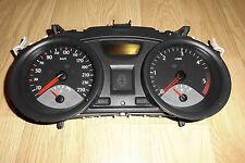 Renault Megane 2 II 1,5 D BJ:2004 Tacho Kombiinstrument 8200399693  35110419