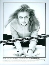 "ALICIA SILVERSTONE SHARP ORIGINAL 1997 B&W 8x10 PRESS PHOTO ""EXCESS BAGGA"