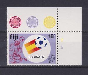 s5663) FIJI 1982 MNH** WC Football'82- CM Calcio 18c SG 637W - WMRK CROWN...