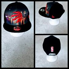 TORONTO RAPTORS NBA BASKETBALL SNAPBACK HAT.