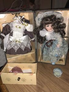 Trudy Traveler Doll Trunk Doll & 3 Outfits & Accessories Adorable Show Stopper