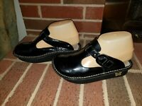 ALGERIA BLACK PATENT LEATHER SLIP ON CLOGS MULES SLIP RESISTANT WOMENS SIZE 35