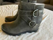 Sorel Ladies Joan of Arctic Wedge Buckle Boot in Quarry Gray, size 9, New