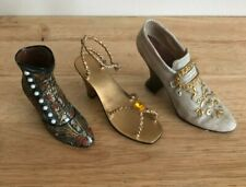 LOT OF (3) MINI SHOES VICTORIAN GOLD
