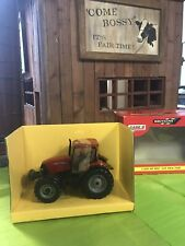 Britains Case IH MXU 125 Tractor 1:32 Scale NIB