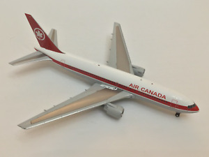 """JC Wings 1:200 AIR CANADA Boeing 767-200 """"GIMLI GLIDER"""""""