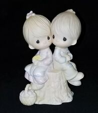 Love una Otra Precious Moments 1976 Enesco 1376 Jonathan & David Chico Chica Sit
