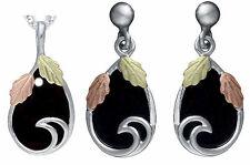 "Dakota Black Hills Gold on Silver Black Onyx Jewelry Set Stud Earrings18"" Chain"