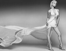 Jessica Simpson Unsigned 8x10 Photo (32)