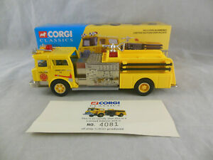 Corgi 52001 Mack CF Pumper Jersey City Fire Department 1:50 Scale